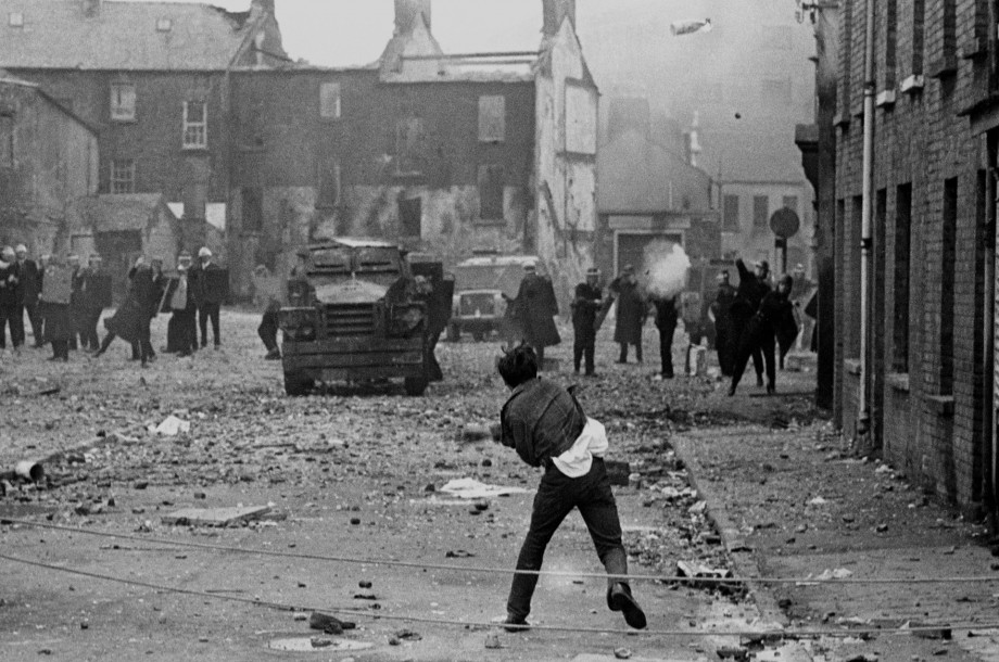 Riot in Derry's Bogside 1969